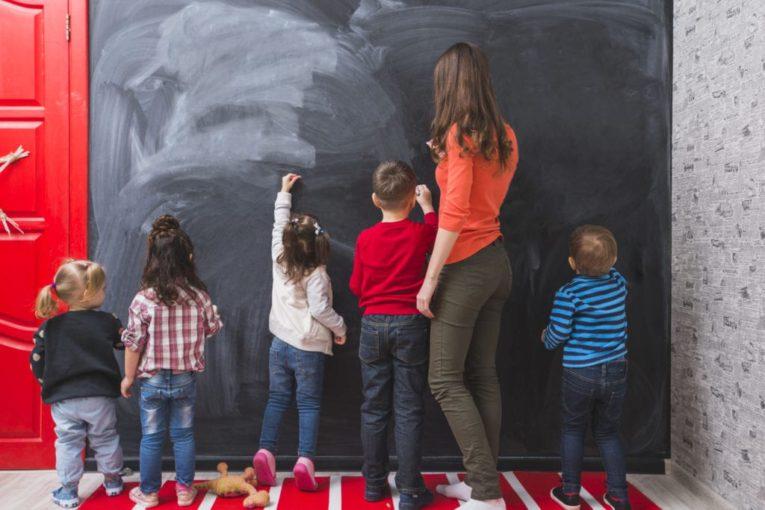 Çocuk bakımı eğitimi kursu